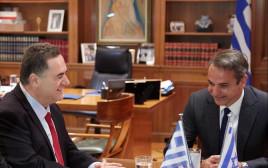 """השר כ""""ץ עם ראש ממשלת יוון"""