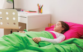 ילדה ישנה, אילוסטרציה (למצולמת אין קשר לנאמר בכתבה)