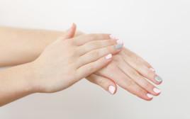 יובש בידיים