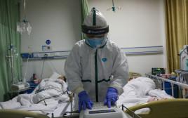 חולים בבידוד בבית החולים בסין