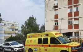 הבניין בעפולה בו נמצאו אם ובתה ללא רוח חיים