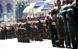 חיילים איטלקים, ארכיון (למצולמים אין קשר לנאמר בכתבה)