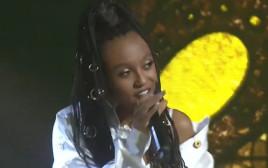 עדן אלנה מופיעה עם השיר הזוכה