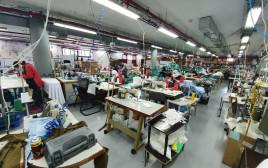 מפעל לייצור מסכות רב פעמיות