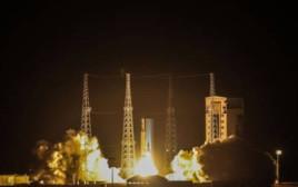 """שיגור הלווין האיראני """"נור"""""""