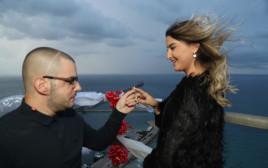 רן אבוטבול בהצעת הנישואים לבת זוגו