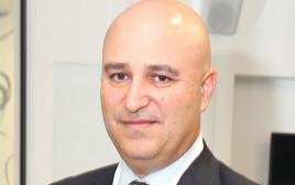אריאל איקן