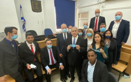חברי הכנסת מהליכוד עם נתניהו בבית המשפט
