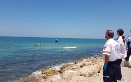 הסריקות לאיתור הצעיר, חוף מנטה ריי