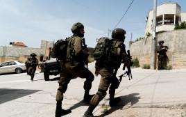מעצר נזמי אבו בכר