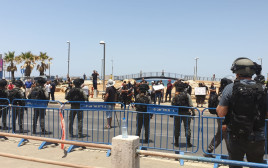 עימותים בין מפגינים לשוטרים ביפו