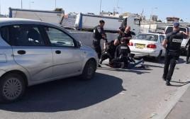 """כוחות מג""""ב בזירת סיכול פיגוע הדקירה במחסום קלנדיה"""