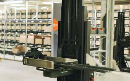 רובוטים של Caja Robotics
