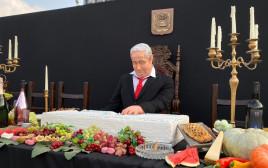המיצג של נתניהו בכיכר רבין