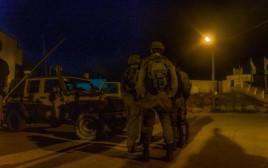 """כוננות צה""""ל בגבול הצפון לבנון מתיחות לילה חיילים"""