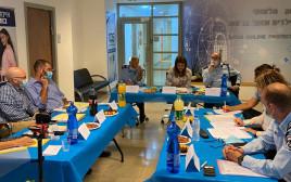 הוועדה שהקימה לוי-אבקסיס