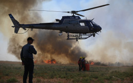 שריפה בעוטף עזה טרור הבלונים כיבוי כבאות כבאית מסוק כיבוי