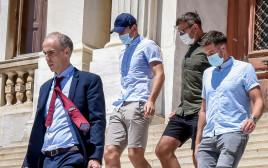 הארי מגווייר בבית המשפט בסירוס