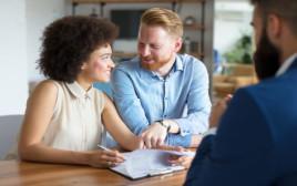 חתימת הסכם מכר דירה