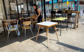 סוגרים עסקים לקראת הסגר תל אביב בית קפה
