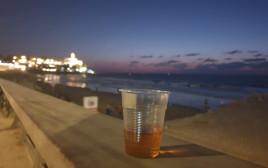 וויסקי על החוף