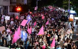 מחאות נגד נתניהו בתל אביב