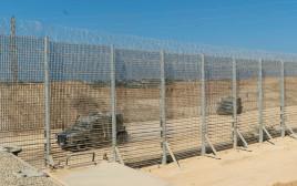 הגדר החדשה בגבול רצועת עזה