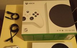 מתוך האנבוקסינג של ה-Xbox החדש