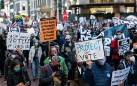"""מחאות בניו יורק על הבחירות בארה""""ב"""