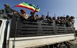 חיילי הצבא האתיופי בדרכם לחבל תיגראי