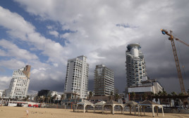 חוף בתל אביב