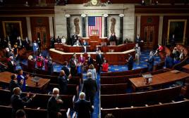 """הקונגרס בארה""""ב מצביע על ניצחון ביידן בבחירות"""