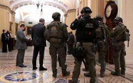 כוחות הביטחון האמריקאים בסנאט
