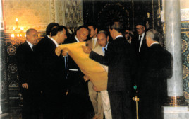 סם בן שטרית בטקס הענקת מגילת הוקרה למלך מרוקו