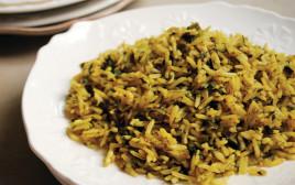 בחש - אורז ועשבי תיבול