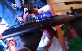 תיעוד ממצלמות גוף מתפיסת נשק בדירה שהובילה למעצר, חקירה וכתב אישום ביישוב במגזר הערבי