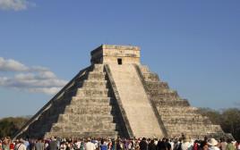 פירמידת המאיה, מקסיקו