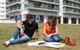 """""""מיזם שמעניק הזדמנות שווה לנוער להגיע ללימודים אקדמיים ולסיימם"""""""