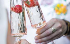זוג כוסות בלתי שבירות של אתר swagg.co.il 72 שקלים