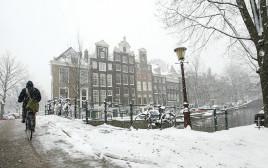 שלג באמסטרדם