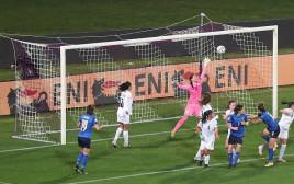 נבחרת איטליה מביסה 0:12 את ישראל