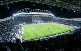 ארגנטינה נגד אורגוואי, אצטדיון בלומפילד