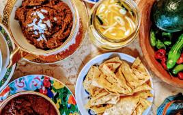 טרז פזוס ארוחה מקסיקנית
