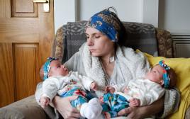 אן מארי והתאומות
