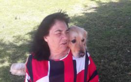 רותי ברוך והופי כלב השירות
