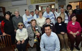 משדר התרמה מיוחד למען ניצולי השואה