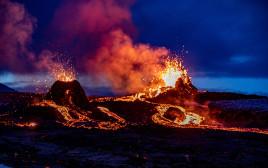 הר הגעש המתפרץ