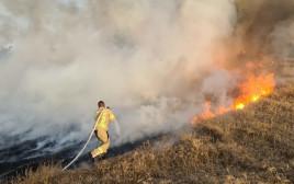 שריפה כתוצאה מבלוני תבערה בעוטף עזה