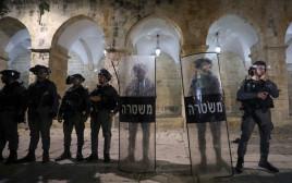 כוחות משטרה נערכים למהומות בהר הבית