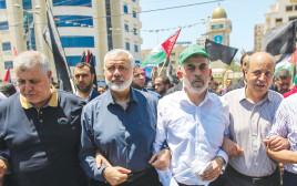 מנהיגי החמאס יחיא סינוואר ואסמאעיל הנהיה